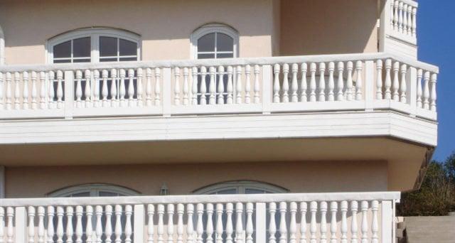 balkongelaender holz classic augsburg 1b