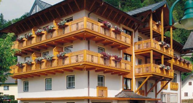 balkongelaender holz design attersee 2